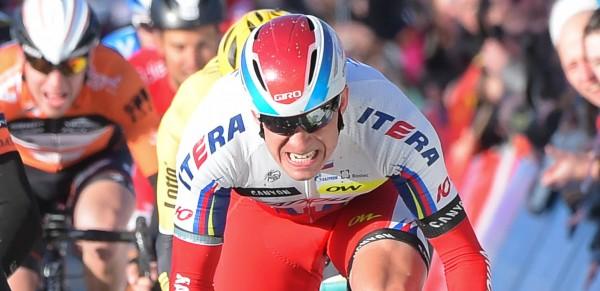 Mark Cavendish (Etixx-Quickstep) gewinnt Kuurne-Brussel-Kuurne im Sprint