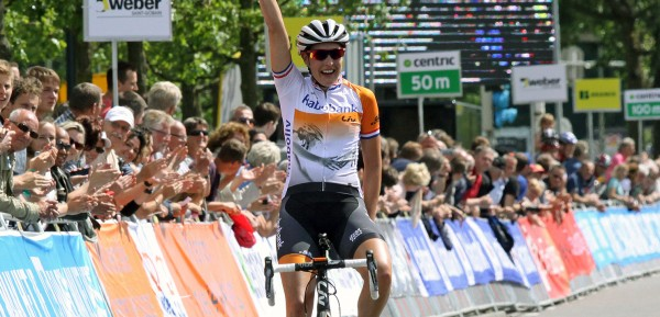 Lucinda Brand werd Nederlands kampioen in Emmen - foto: Rudie Ottens