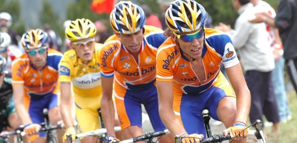Rabobank in de Tour van 2007: Dekker, Boogerd, Rasmussen en Menchov - Foto: Sirotti