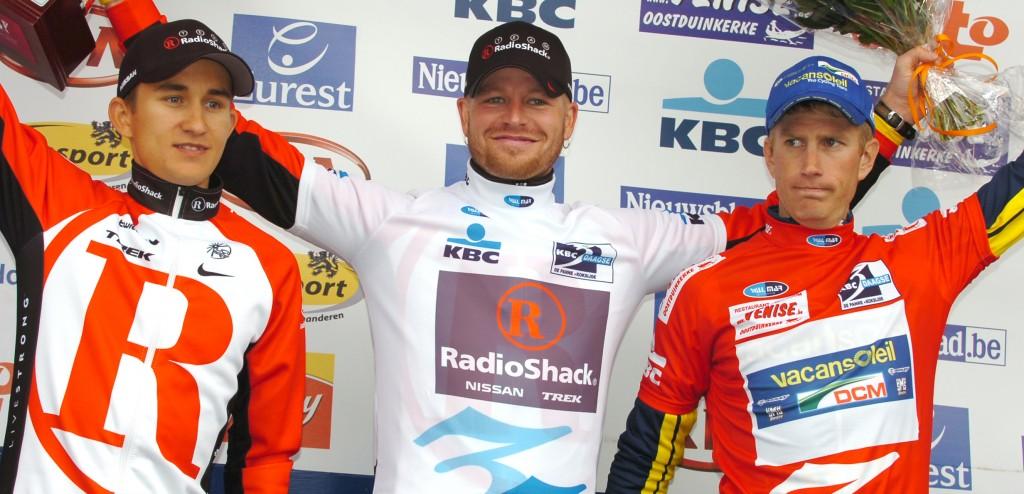 Rosselers einge eindoverwinning: Driedaagse De Panne-Koksijde 2011, vóór Lieuwe Westra en een jonge Michal Kwiatkowski (foto: Sirotti)