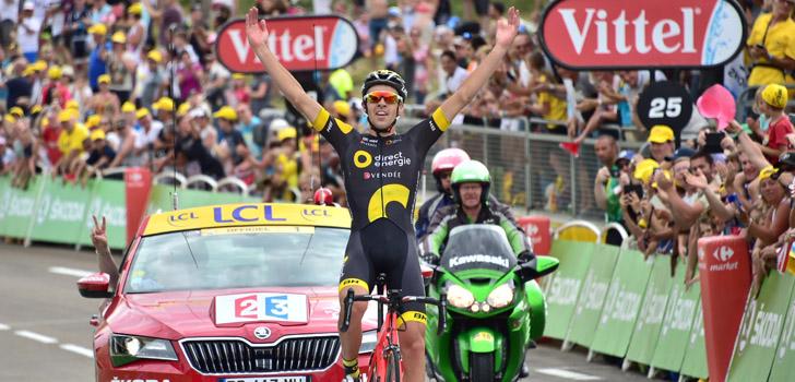 Calmejane soleert naar winst in La Drôme Classic