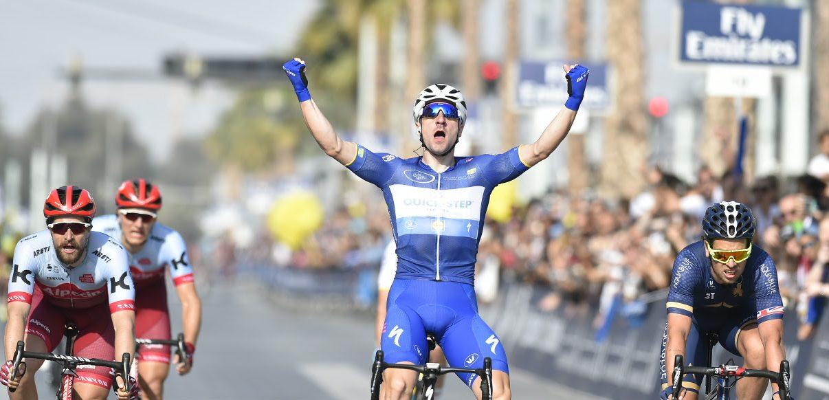 Elia Viviani wint de slotrit van de Dubai Tour