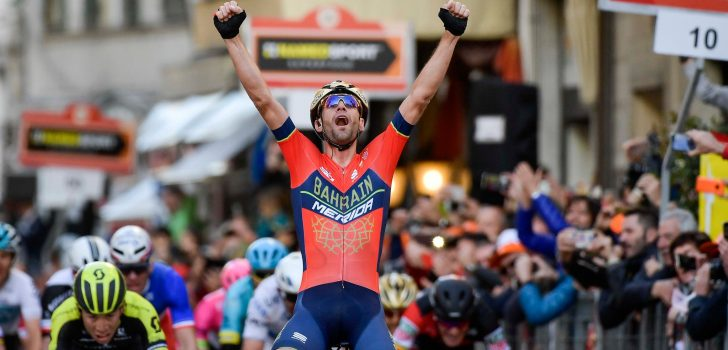 Nibali verrast peloton in Milaan-San Remo